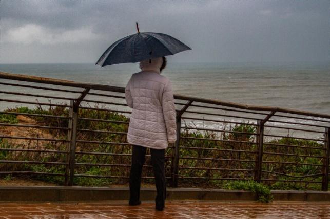 התחזית: גשמים מקומיים מלווים בסופות רעמים