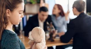 בדיון על גירושין