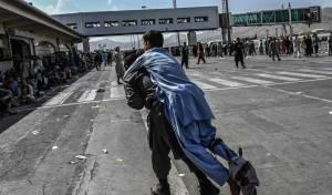 המהומות בנמל התעופה בקאבול