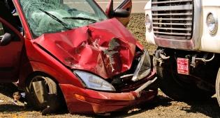 נהג המשאית לא עשה כל שביכולתו למנוע את התאונה. אילוסטרציה - נהג ישלם כ-193 אלף שקל משום שלא מנע תאונה