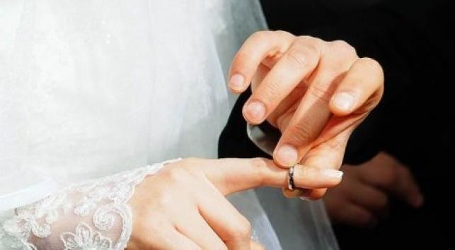 """נישואין כדת משה וישראל, הרוב בארה""""ב מעדיף אחרת"""