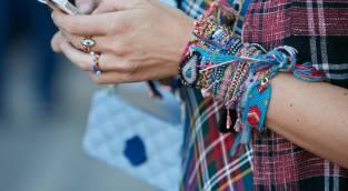 בחורף הזה תלבשי אדום, כחול וירוק