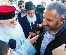 בטיילת בטבריה; הרבנים הפתיעו את ראש העיר רון קובי