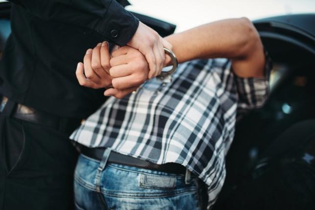 משטרת ישראל תפצה קטין בגין מעצר שווא