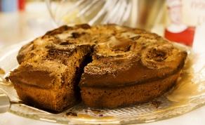 חלומית. עוגת שוקולד במילוי נוגט לשבת