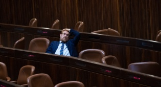 """יהודה גליק במשכן. ארכיון - סרבן הגט הוזמן לכנסת כאורחו של ח""""כ גליק"""
