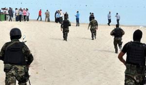 כוחות ביטחון בזירת הפיגוע בתוניסיה