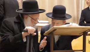 מרנן ורבנן ראשי ישיבת פוניבז' בשיחת רעים