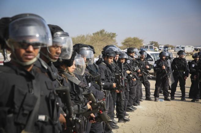 שוטרים באום אלחיראן