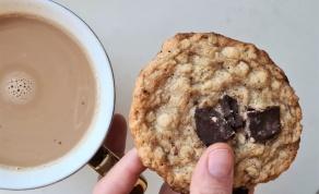 עוגיות שיבולת שועל ושוקולד