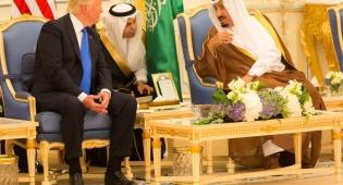 טראמפ והמלך הסעודי