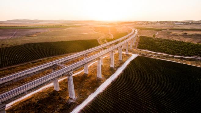 סיור מצולם:  לטרון, גשרי הרכבת  ומיני ישראל