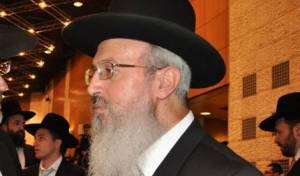 הרב אברהם יוסף, סופג בקורת - שלום ירושלמי נגד הרב אברהם יוסף