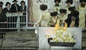 גלריית ענק: הדלקת המדורה בתולדות אהרן