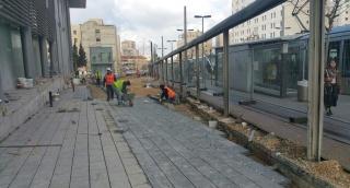 הוסרו מחיצות הבנייה מתחנת הרכבת בבנייני האומה