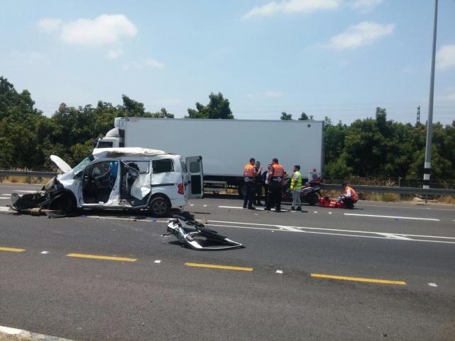 6 בני משפחה נפצעו בתאונה; ילד ואב נהרגו