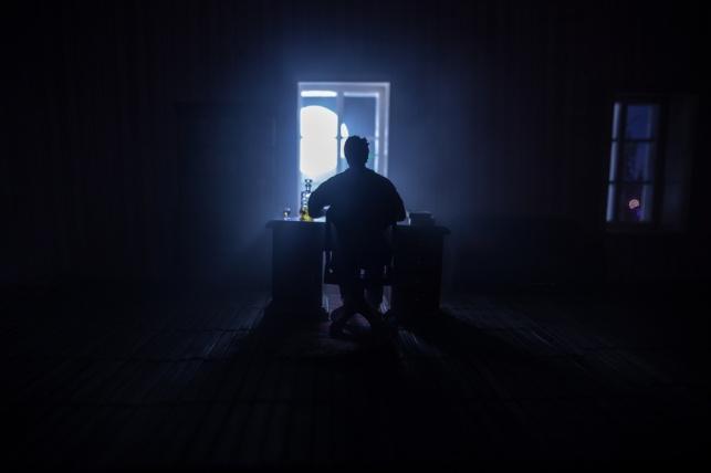 נזקי האפלה ומניעת אור // הרב יהודה שטרן