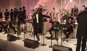 ברי וובר ותזמורת A TEAM בביצוע מיוחד