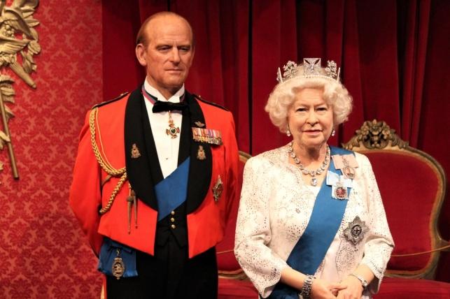 הזוג המלכותי, המלכה אליזבת והנסיך פיליפ