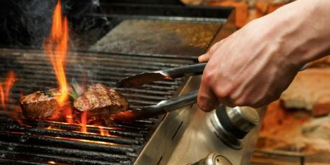 יבואנית בשר. אילוסטרציה - יבואנית בשר תשלם למשגיח כשרות דמי תיווך