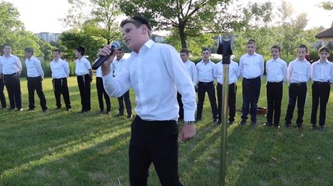 מקהלת A Choir to Inspire בסינגל חדש: שש מצוות