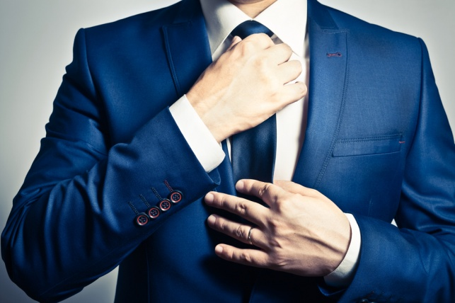 עניבות עלולות לפגוע בזרימת הדם למוח