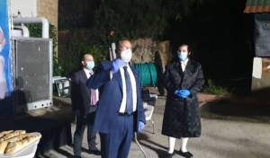 צפו: ליאון חגג 'מימונה' עם החולים החרדים