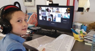 איך לומדים ילדי השלוחים? טיפים ללמידה מרחוק