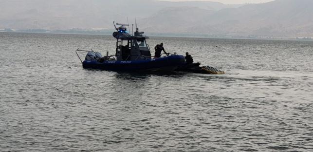 סירת שיטור ימי בחיפושים בכנרת