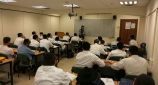פתיחת שנת הלימודים במכללת מבחר - במכללת מבחר לומדים להעניק שירות אנושי
