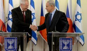 """הנשיא זמאן בביקורו בישראל ב-2013 - נשיא צ'כיה: """"האיחוד מעניק עליונות לטרור"""""""