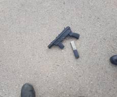 הנשק שנתפס - שוב ניסיון פיגוע כושל בבית המשפט הצבאי