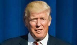 """טראמפ. ארכיון - """"אני אוהב כאוס"""": הבדיחות של טראמפ לעיתונאים"""