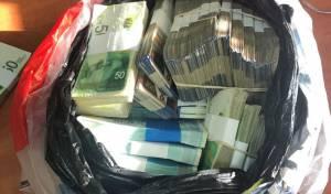 הכסף שהוסתר - המשטרה איתרה 700 אלף שקל שנשדדו