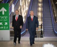 ראש הממשלה ושר התחבורה בנסיעת מבחן ברכבת