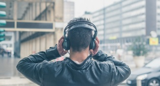 הסטרימינג השתלט לגמרי על שוק המוזיקה בעשור האחרון