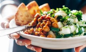 אוכל מנחם, מינוס הקלוריות - זו ההוכחה שאוכל מנחם לא חייב להיות משמין