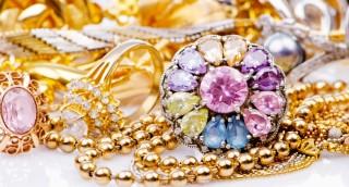 פתרונות מבריקים לאחסון, סידור ושמירה על תכשיטים