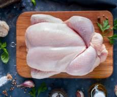 ערב חג שבועות: מחסור חמור בעופות טריים