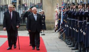 הנשיא ריבלין עם נשיא צ'כיה. ארכיון - צ'כיה: בוחנים העברת השגרירות לירושלים