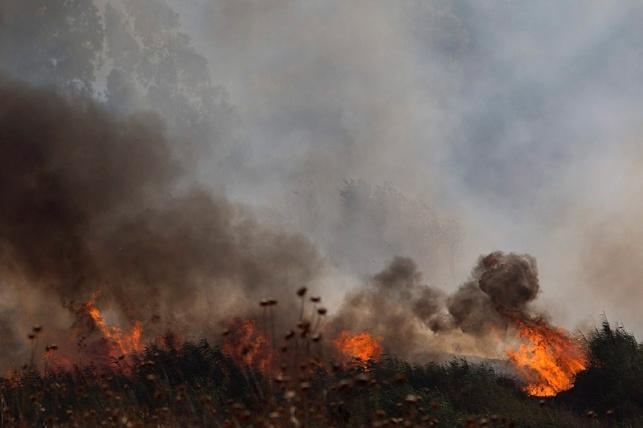 האש שפרצה בעקבות הנפילות