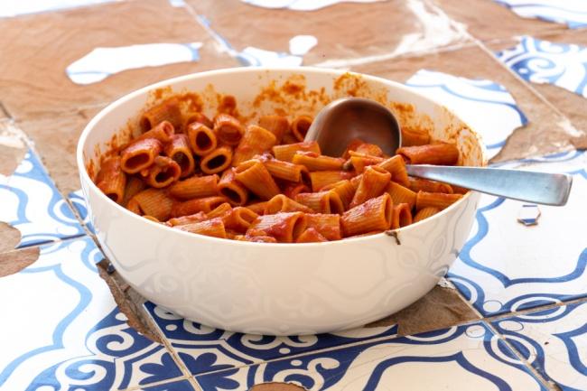 פסטה ברוטב עגבניות פיקנטי