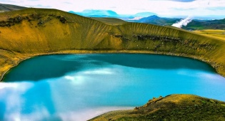 זה לא ציור אלא איסלנד.