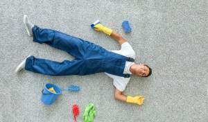 למה כדאי לכם לדלג על עבודות הבית היום