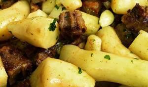 תבשיל קוביות בשר וארטישוק ירושלמי