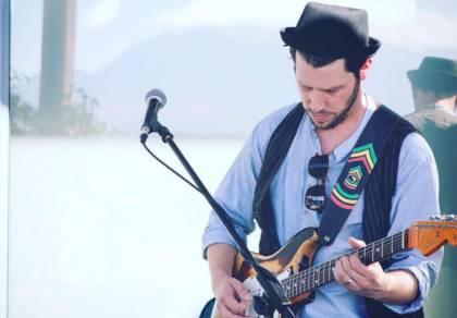 ג'וני סקלר בסינגל חדש: לחי העולמים