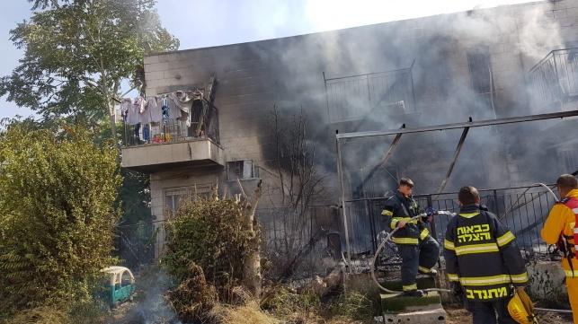 שריפה כילתה בתים בסנהדריה המורחבת