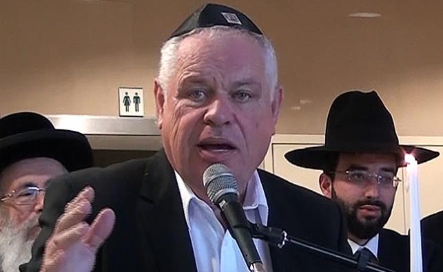 ראש העיר רונן פלוט