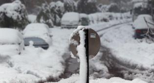 רכבים תקועים בשלג - פסק: נתקעת בשלג? שלם על גרירה