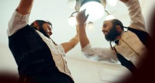 """אהרן רזאל בסינגל חדש לל""""ג בעומר: """"עולו"""""""